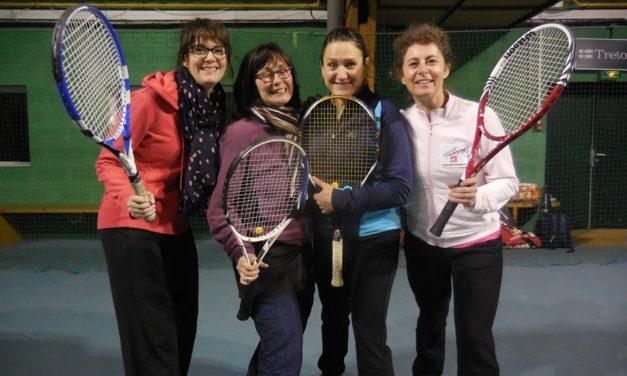 Equipe Femme Tennis Corpo